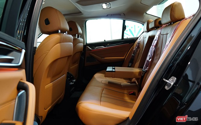 BMW 5-Series chính thức bán tại Việt Nam, giá từ 2,389 tỷ đồng ảnh 11