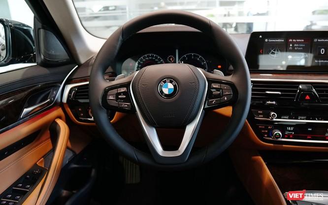 BMW 5-Series chính thức bán tại Việt Nam, giá từ 2,389 tỷ đồng ảnh 12