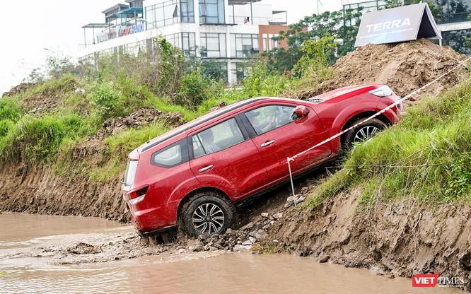 Cơ hội cho khách hàng tại Hà Nội trải nghiệm Nissan Terra trên mọi địa hình ảnh 21