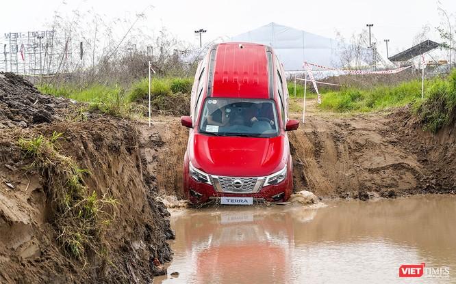 Cơ hội cho khách hàng tại Hà Nội trải nghiệm Nissan Terra trên mọi địa hình ảnh 37