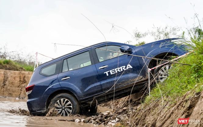 Cơ hội cho khách hàng tại Hà Nội trải nghiệm Nissan Terra trên mọi địa hình ảnh 41