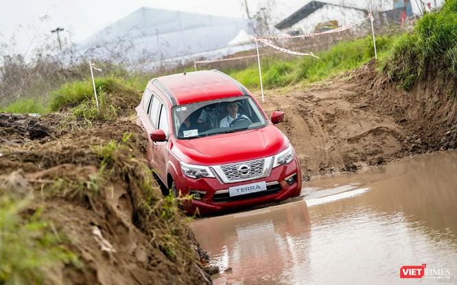 Cơ hội cho khách hàng tại Hà Nội trải nghiệm Nissan Terra trên mọi địa hình ảnh 19