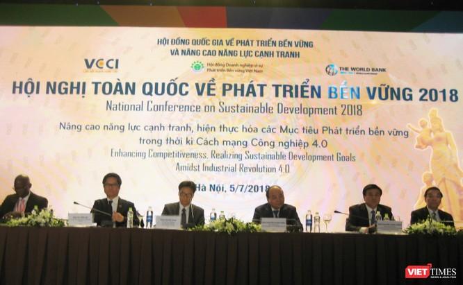 Việt Nam cần làm gì để phát triển bền vững và nâng cao năng lực cạnh tranh? ảnh 1