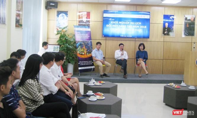 """TS Vương Quốc Thắng: """"Yếu về kỹ năng mềm, kỹ năng giao tiếp khiến sinh viên thất nghiệp ngày càng tăng"""" ảnh 1"""