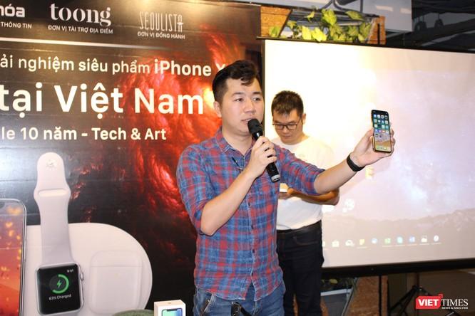 Từ iPhone đời đầu đến iPhone X lần đầu tiên hội tụ trong một triển lãm tại Hà Nội ảnh 15