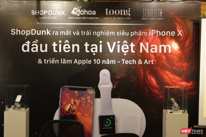 Từ iPhone đời đầu đến iPhone X lần đầu tiên hội tụ trong một triển lãm tại Hà Nội ảnh 1