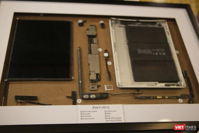 Từ iPhone đời đầu đến iPhone X lần đầu tiên hội tụ trong một triển lãm tại Hà Nội ảnh 8