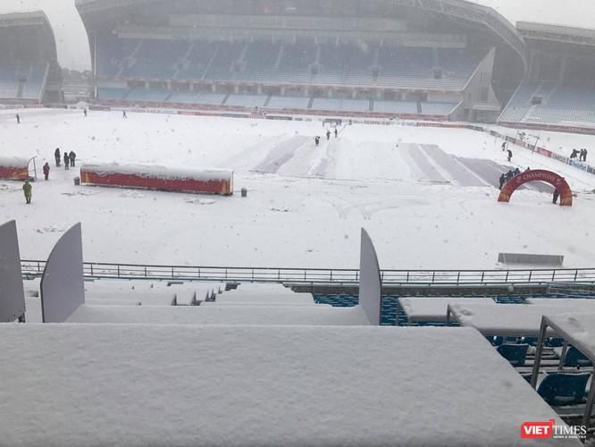 Hình ảnh cập nhật lúc 11h30 từ bên trong sân vận động Thường Châu ảnh 4