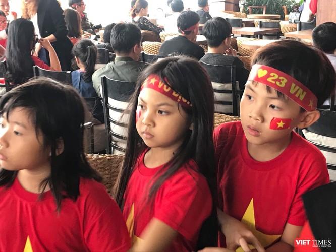 Không khí trận bóng lịch sử của U23 Việt Nam: Chút tiếc nuối phút cuối ảnh 12
