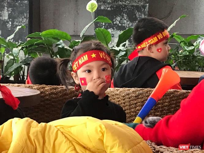 Không khí trận bóng lịch sử của U23 Việt Nam: Chút tiếc nuối phút cuối ảnh 11