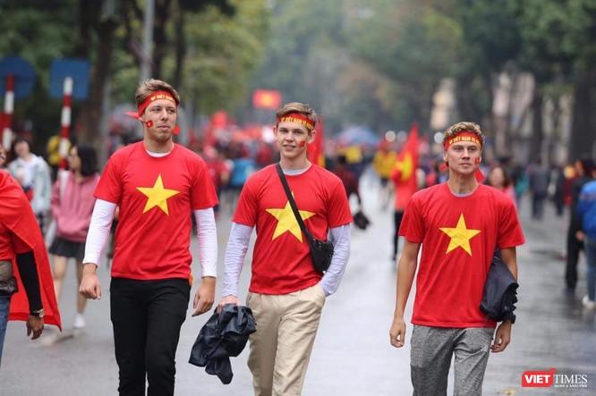 Không khí trận bóng lịch sử của U23 Việt Nam: Chút tiếc nuối phút cuối ảnh 15