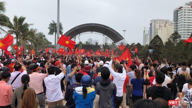 Không khí trận bóng lịch sử của U23 Việt Nam: Chút tiếc nuối phút cuối ảnh 23