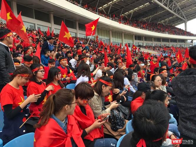Không khí trận bóng lịch sử của U23 Việt Nam: Chút tiếc nuối phút cuối ảnh 5
