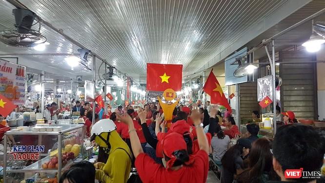 Không khí trận bóng lịch sử của U23 Việt Nam: Chút tiếc nuối phút cuối ảnh 7