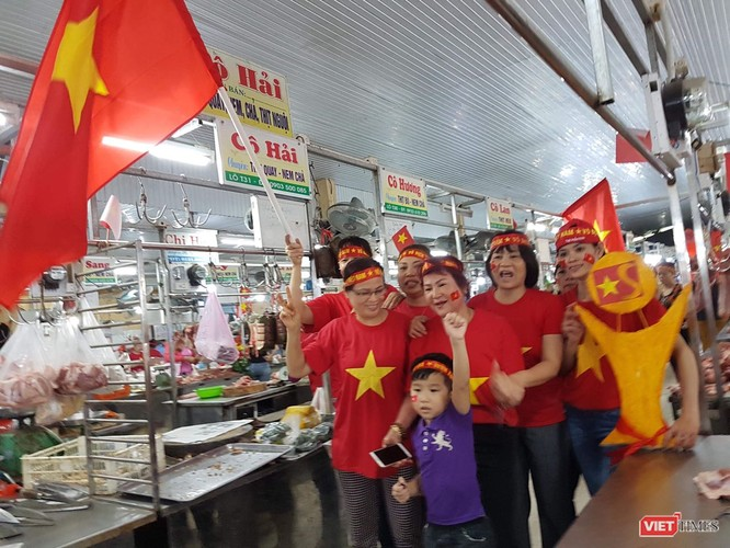 Không khí trận bóng lịch sử của U23 Việt Nam: Chút tiếc nuối phút cuối ảnh 6