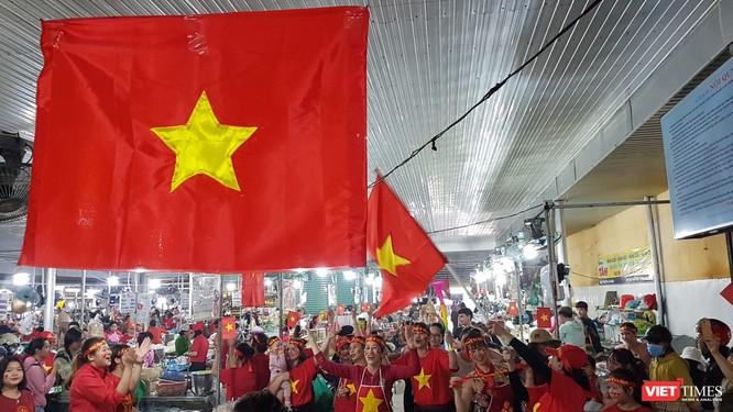 Không khí trận bóng lịch sử của U23 Việt Nam: Chút tiếc nuối phút cuối ảnh 8