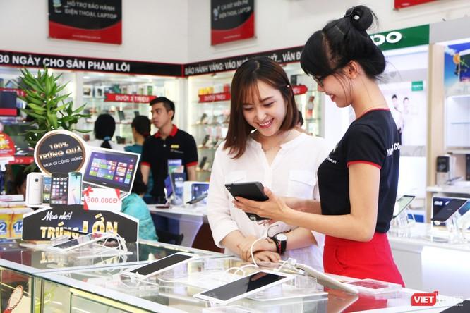 FPT Shop tặng voucher giảm giá và giao hàng trong vòng 1 giờ ảnh 1