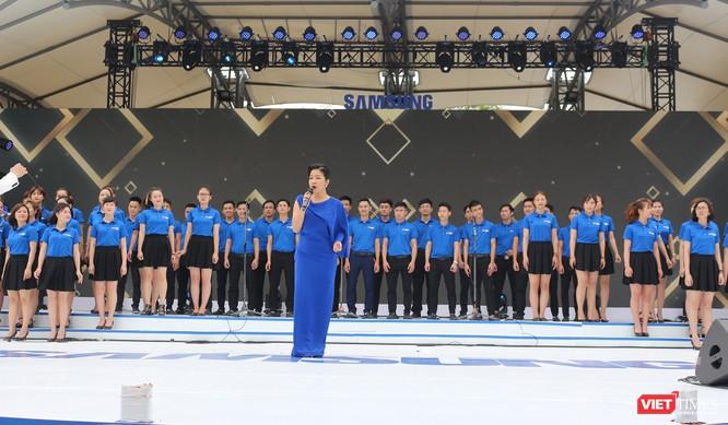 Toàn cảnh lễ kỷ niệm 10 năm Samsung Electronics phát triển vượt kỳ tích tại Việt Nam ảnh 17