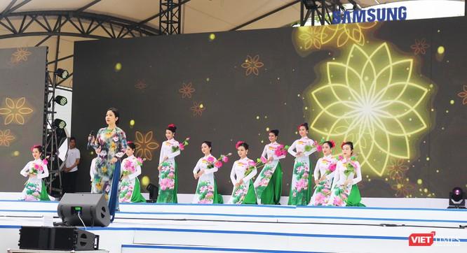 Toàn cảnh lễ kỷ niệm 10 năm Samsung Electronics phát triển vượt kỳ tích tại Việt Nam ảnh 4