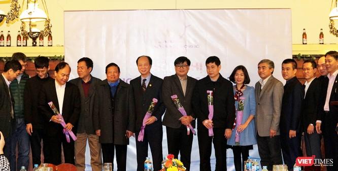 Chủ tịch LienVietPostBank giữ chức Phó Chủ tịch Hội Truyền thông số Việt Nam ảnh 11