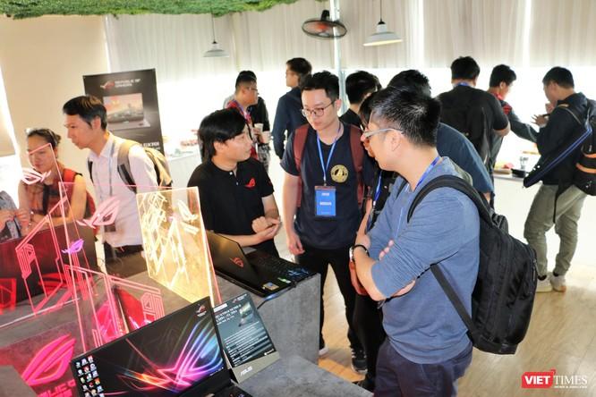 """Asus Việt Nam trình làng 5 laptop """"khủng"""" trong đó có 1 laptop có giá thành lên tới 120 triệu đồng ảnh 12"""