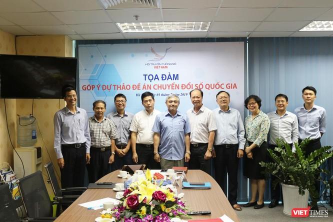 Hội Truyền thông số Việt Nam tổ chức tọa đàm góp ý dự thảo Đề án Chuyển đổi số Quốc gia ảnh 3
