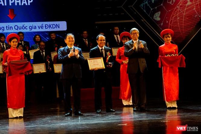 Giải thưởng Chuyển đổi số Việt Nam cổ vũ ứng dụng công nghệ để chuyển đổi số mạnh mẽ ảnh 24