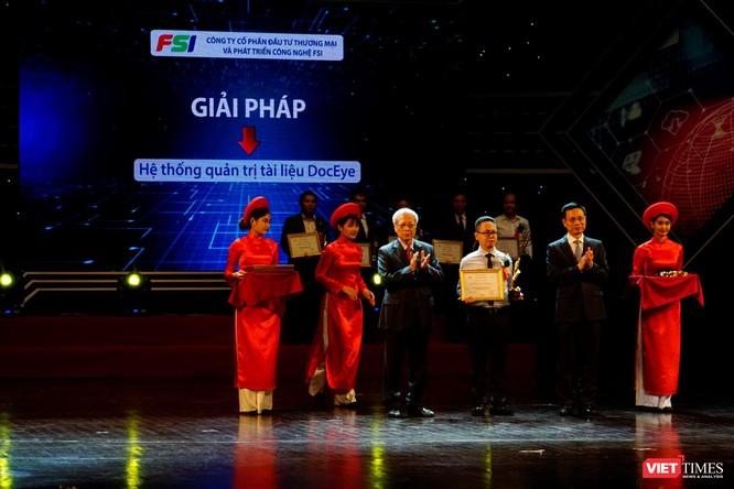 Giải thưởng Chuyển đổi số Việt Nam cổ vũ ứng dụng công nghệ để chuyển đổi số mạnh mẽ ảnh 32
