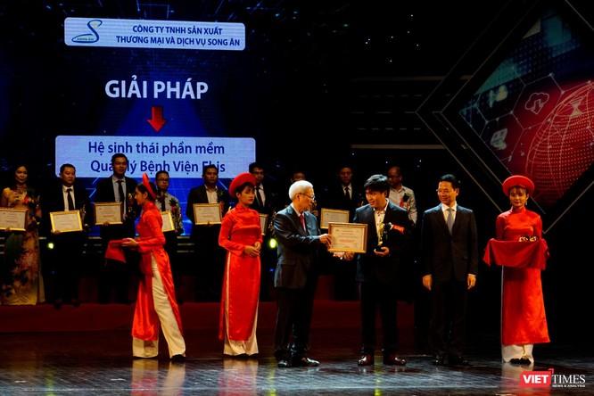 Giải thưởng Chuyển đổi số Việt Nam cổ vũ ứng dụng công nghệ để chuyển đổi số mạnh mẽ ảnh 36