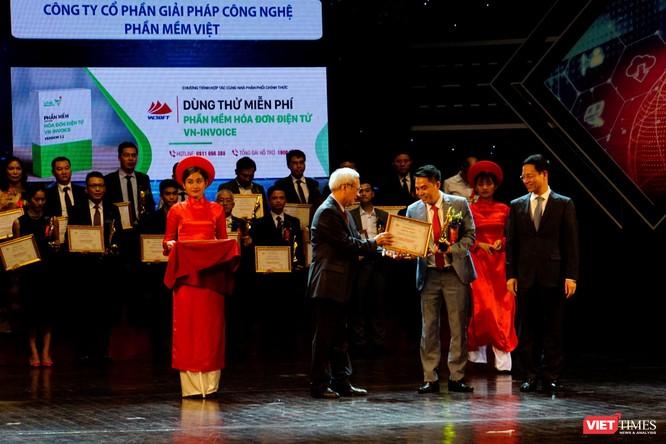 Giải thưởng Chuyển đổi số Việt Nam cổ vũ ứng dụng công nghệ để chuyển đổi số mạnh mẽ ảnh 46