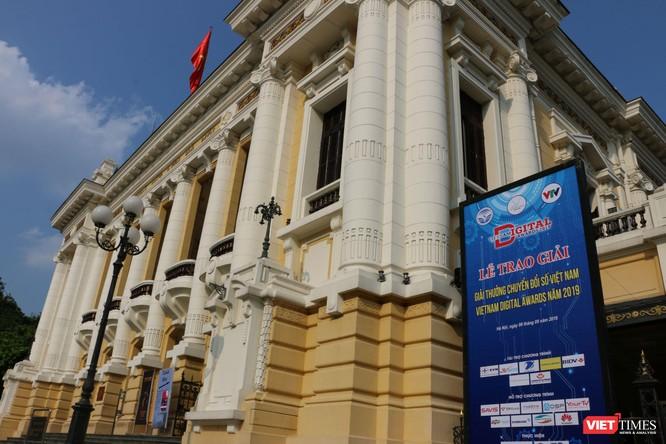 Giải thưởng Chuyển đổi số Việt Nam cổ vũ ứng dụng công nghệ để chuyển đổi số mạnh mẽ ảnh 1