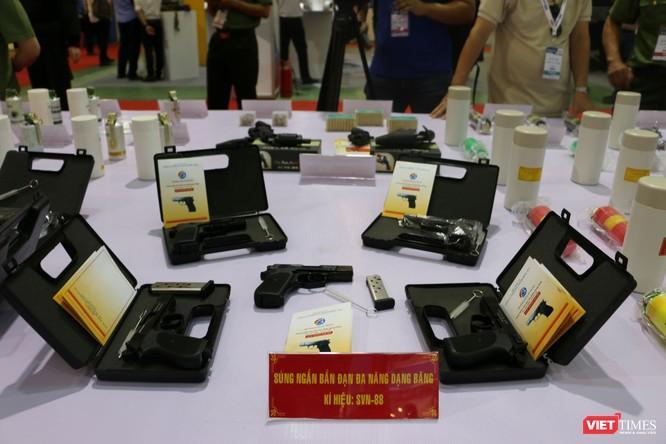 Chiêm ngưỡng hàng trăm trang thiết bị quân sự hiện đại xuất hiện tại Triển lãm Quốc tế về Quốc phòng và An ninh Việt Nam 2019 ảnh 22