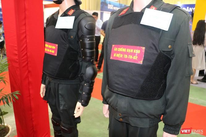 Chiêm ngưỡng hàng trăm trang thiết bị quân sự hiện đại xuất hiện tại Triển lãm Quốc tế về Quốc phòng và An ninh Việt Nam 2019 ảnh 26