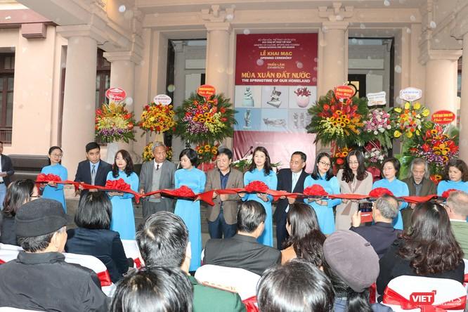 Bảo tàng Mỹ thuật Việt Nam khai mạc triển lãm Mùa xuân Đất nước, trưng bày tác phẩm từ nhiều thế hệ ảnh 2
