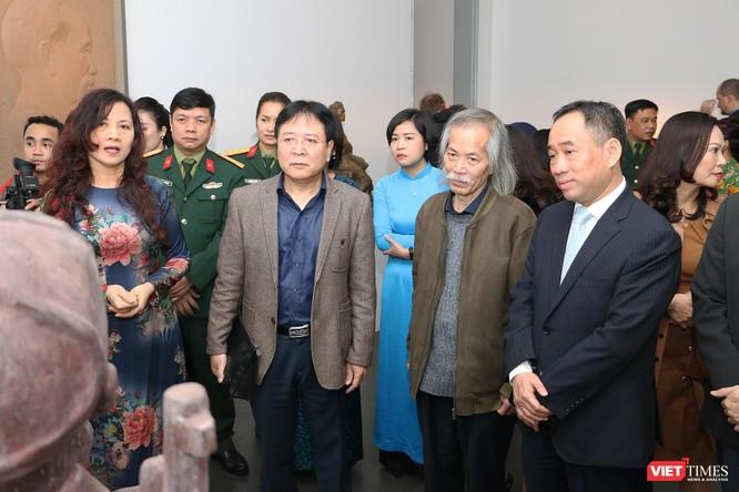 Bảo tàng Mỹ thuật Việt Nam khai mạc triển lãm Mùa xuân Đất nước, trưng bày tác phẩm từ nhiều thế hệ ảnh 3