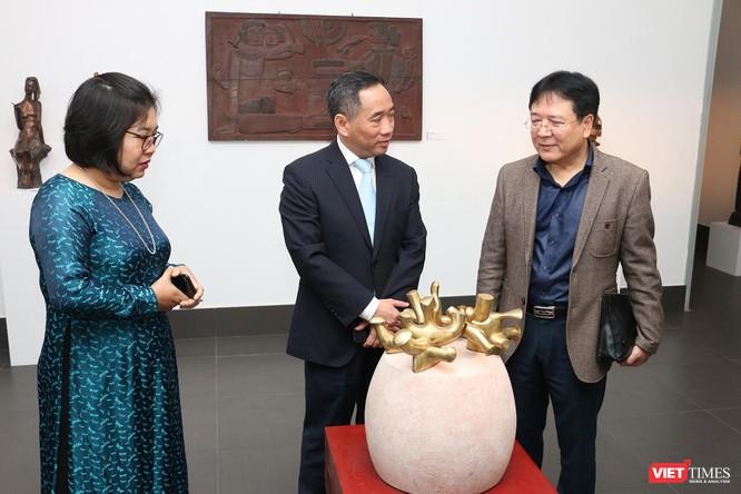 Bảo tàng Mỹ thuật Việt Nam khai mạc triển lãm Mùa xuân Đất nước, trưng bày tác phẩm từ nhiều thế hệ ảnh 1