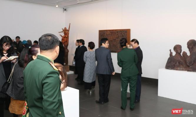 Bảo tàng Mỹ thuật Việt Nam khai mạc triển lãm Mùa xuân Đất nước, trưng bày tác phẩm từ nhiều thế hệ ảnh 6