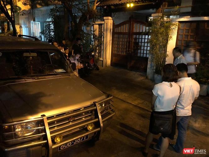 Đang khám nhà ông Đào Tấn Bằng - nguyên Chánh Văn phòng Thành ủy Đà Nẵng ảnh 5