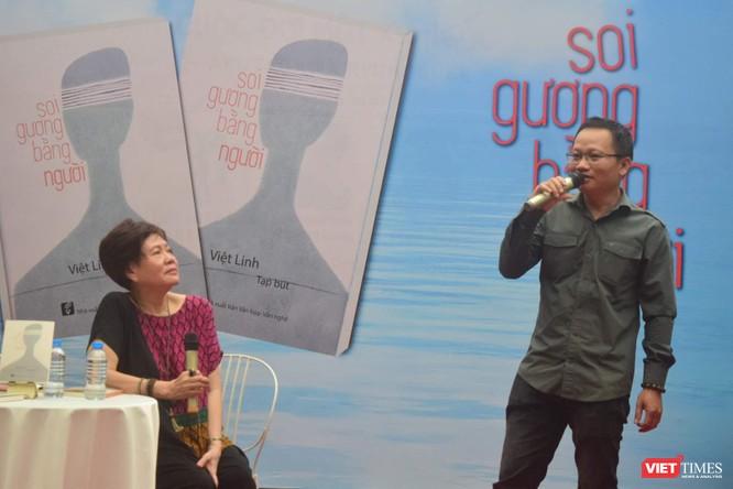 Nhà văn Trần Nhã Thụy chia sẻ về nghề viết với đạo diễn Việt Linh