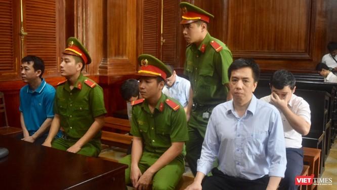 """Bị cáo Võ Mạnh Cường liên tục tìm cách """"quậy"""" trong các phiên tòa"""