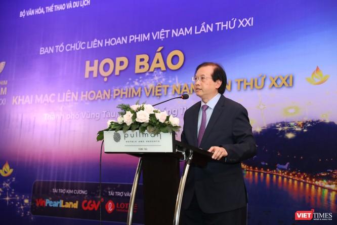 Thứ trưởng Tạ Quang Đông chủ trì cuộc họp báo