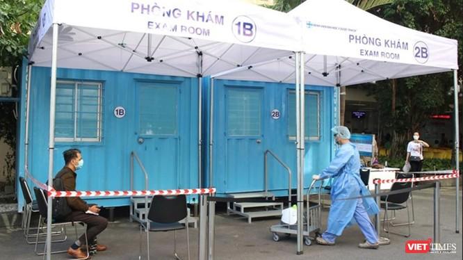 Phòng khám áp lực âm dã chiến vừa được triển khai tại BV ĐH Y Dược TP.HCM