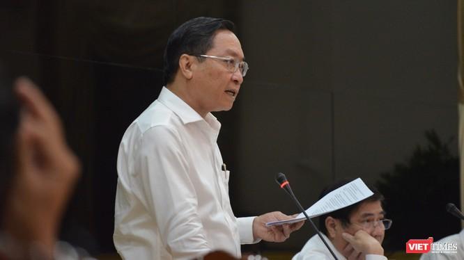 Ông Nguyễn Tấn Bỉnh, GĐ Sở Y tế TP HCM (Ảnh: Hiếu Nguyễn)