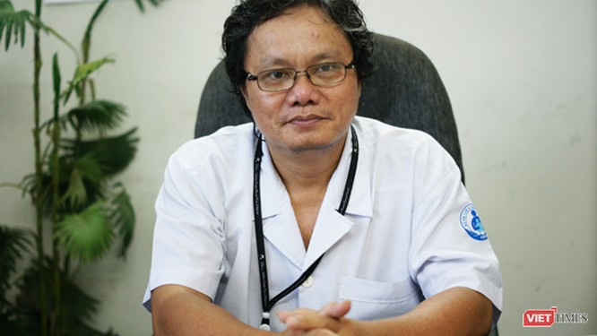 Bác sĩ Trương Hữu Khanh-Trưởng khoa Nhiễm, Thần kinh, BV Nhi Đồng 1