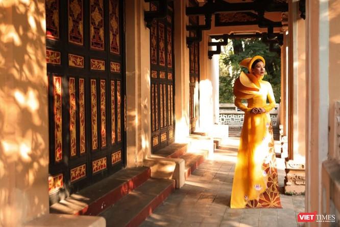 Nhóm Phù sa, diễn viên điện ảnh Đinh Y Nhung lộng lẫy trong áo dài ảnh 6