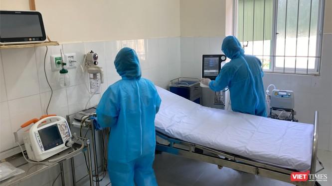 Phòng cấp cứu người bệnh nặng tại BV chuyên chữa COVID-19 ở Cần Giờ là phòng cách ly đặc biệt, có cửa sổ thoáng khí (Ảnh: Sở Y tế TP.HCM)