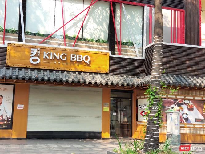 Các tiệm ăn nhanh, nhà hàng đặc sản như King BBQ cũng đóng cửa hàng loạt
