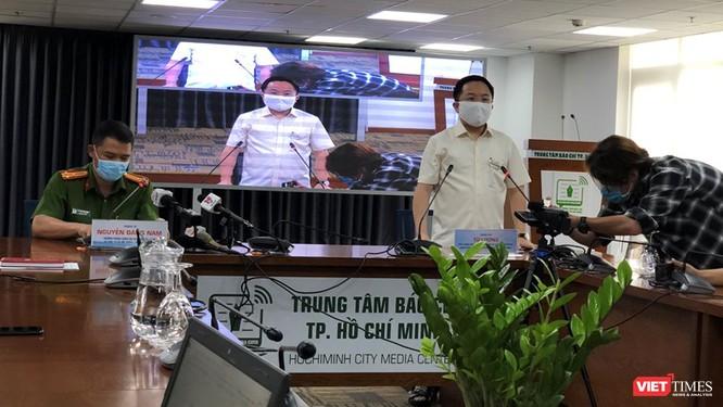 Ông Từ Lương, Phó GĐ Sở TTTT TP.HCM nhấn mạnh việc người dân không nên ra đường trong thời gian này
