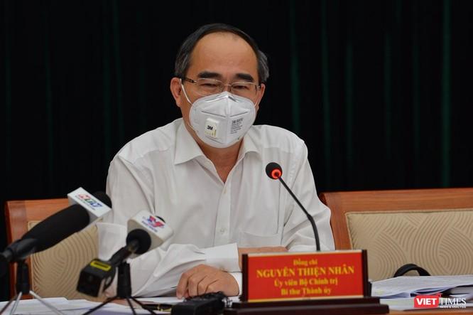 Bí thư Thành ủy Nguyễn Thiện Nhân tại cuộc họp Ban Phòng, chống Covid-26-3 (Ảnh-TTBC)