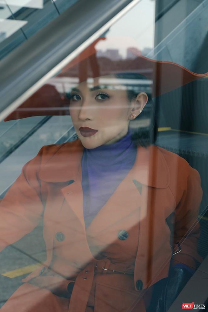 Hé lộ về nữ diễn viên Khả Như, người đứng sau hàng loạt bom tấn điện ảnh Việt ảnh 1